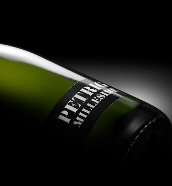 Design Bauhaus pour une bouteille de champagne magnifique